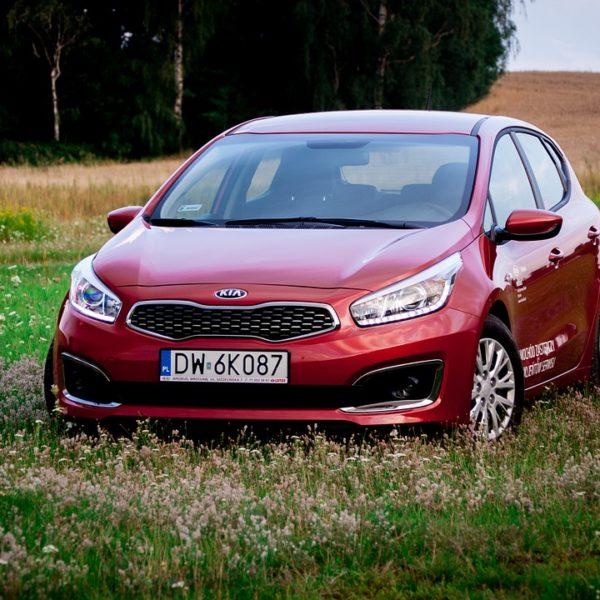 car-2616099_1280